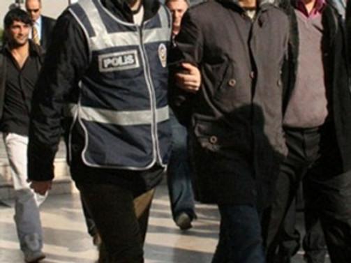 İstanbul'da aranan 34 kişi yakalandı