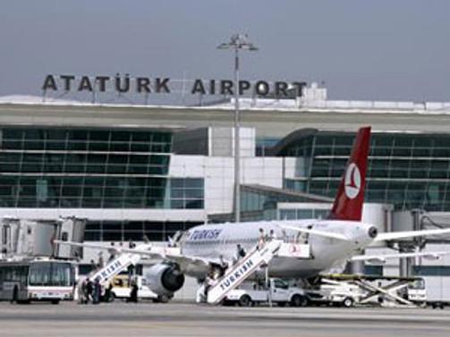 Cezaevi firarisi havalimanında yakalandı