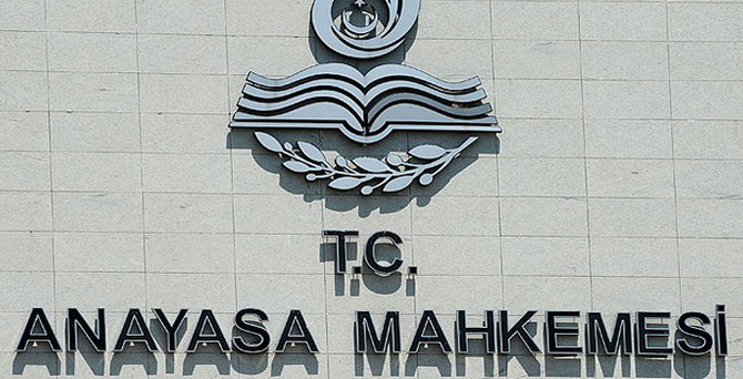 CHP, yasağı Anayasa Mahkemesi'ne taşıdı