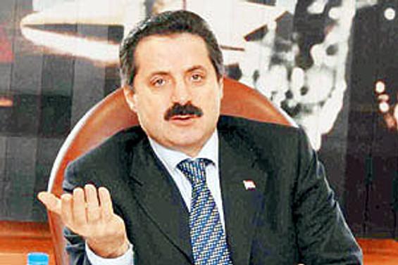 Devlet Bakanı Çelik Viyana'da