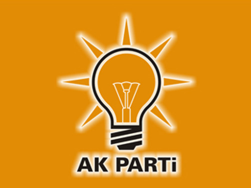 AK Parti'de 3 ilçe başkanı istifa etti