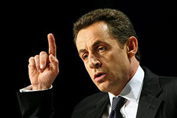 Sarkozy, yarın Moskova'ya gidecek