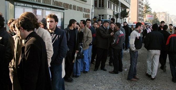 İşsizlik oranı 2013'te yüzde 9.7'ye yükseldi
