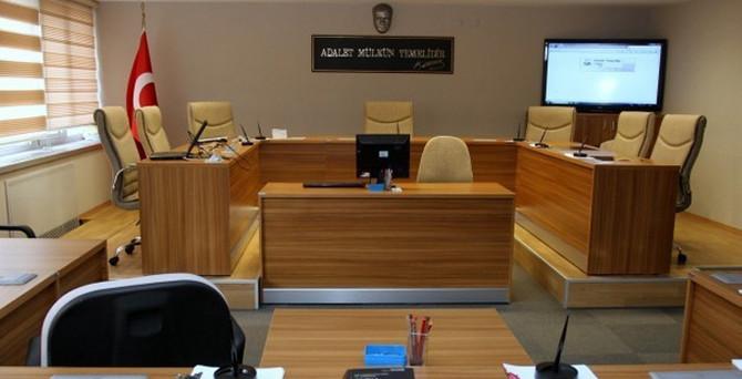 Kapatılan mahkemelerin dosyaları dağıtıldı