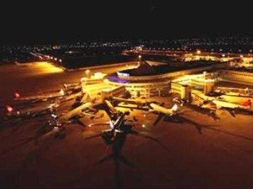 Atatürk Havalimanı Avrupa'da üçüncü sıraya yükseldi