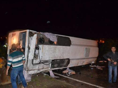 Kırşehir'de polis otobüsü devrildi: 3 şehit