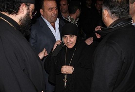 Rahibelere karşılık 150 kadın tutuklu salıverildi