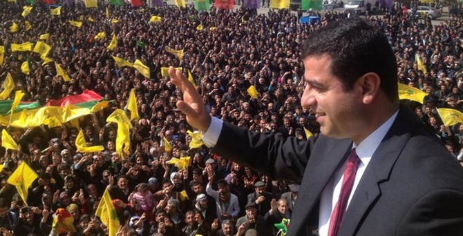 """""""Kars'ı siyasi hırsızlardan temizleyeceğiz"""""""
