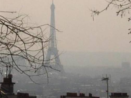 Paris'te hava kirliliği alarmı