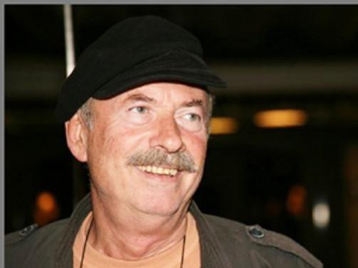 Usta aktör Cüneyt Türel'i anıyoruz