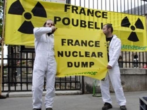 Greenpeace'den nükleer santraline baskın