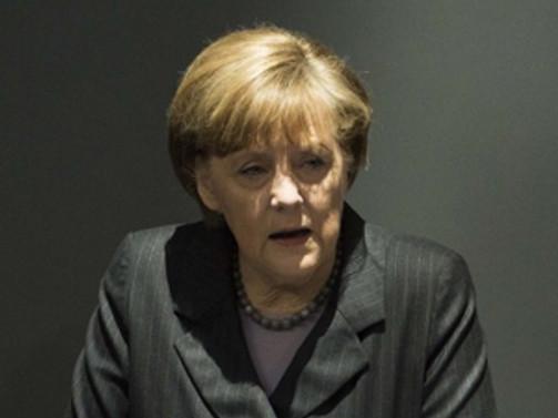 Rusya'ya bir uyarı da Merkel'den