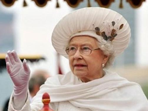İngiltere Kraliçesi 'Üsküdar' şarkısını dört dilde dinleyecek