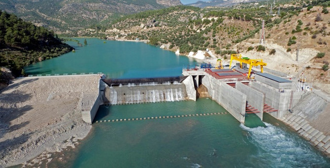 Elektrikte iki ayda 41 santral devreye alındı