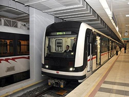 Göztepe metro istasyonu hizmete açıldı