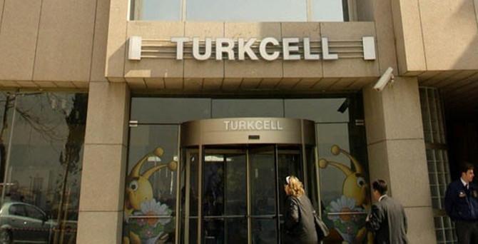 Turkcell'de 3 isim ayrıldı