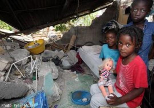 Obama, Haiti için 2.8 milyar dolar istedi