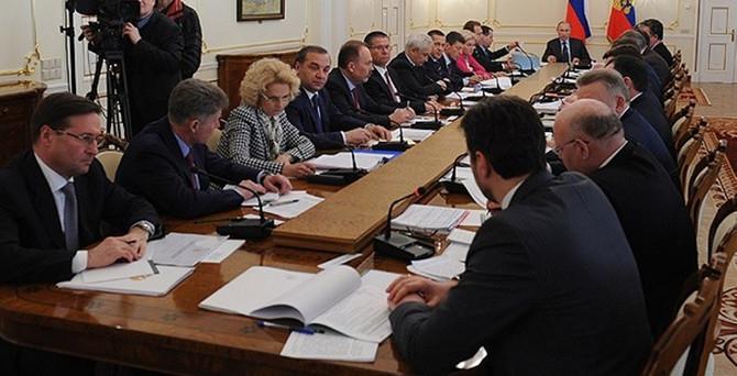 Rusya Kırım'a bakan atadı