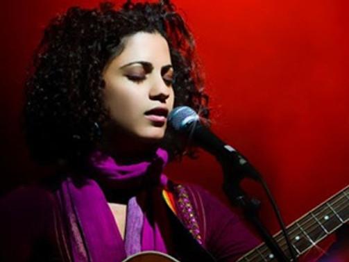 Mathlouthi, CRR'de konser verecek