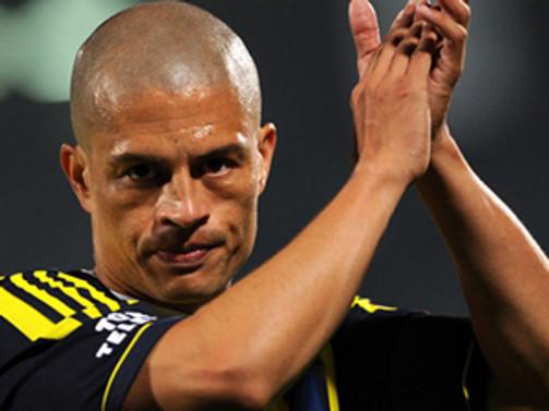 Alex de Souza futbolu bırakıyor