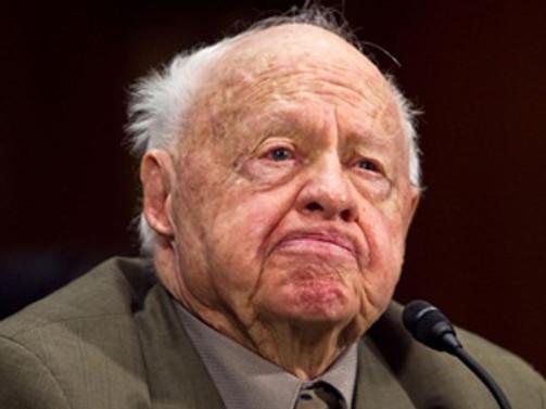 Hollywood'un efsanevi isimlerinden Mickey Rooney öldü
