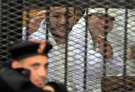 Mısır'da 'devrimin aktörlerinin' cezası onaylandı