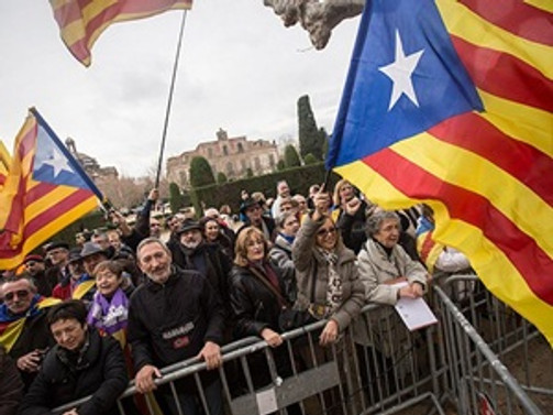 Katalanlar bağımsızlık istedi