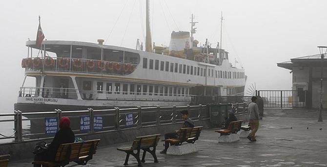 Yoğun sis deniz ulaşımını engelledi