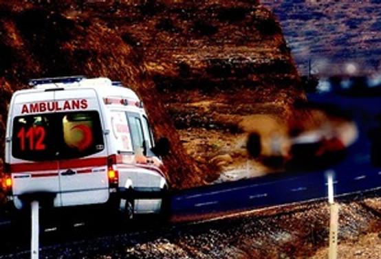 Giresun'da ambulans devrildi: 2 ölü