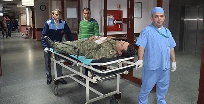 Askeri birlikte patlama: 17 asker yaralandı