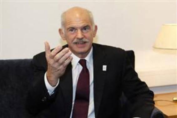 Papandreu: Ülke tarihinin en büyük krizi