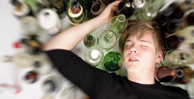 Almanya'da 1,8 milyon kişi alkol bağımlısı