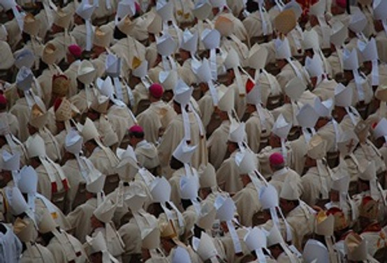 İstismarcı papazların isimleri açıklanmalı