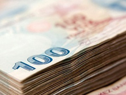 Bankacılık sektörü kredi hacmi 1 tirilyon oldu