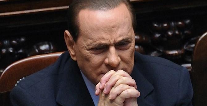 Berlusconi'ye 3 yıl hapis cezası
