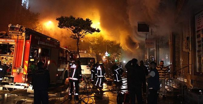 Bağcılar'da işyeri yangını