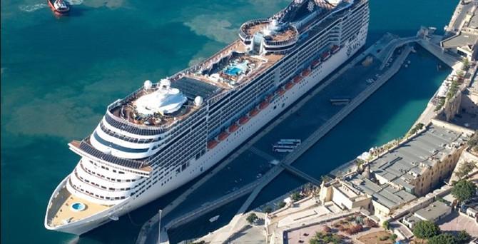 Antalya'da kruvaziyer turizmindeki hedef 170 bin yolcu