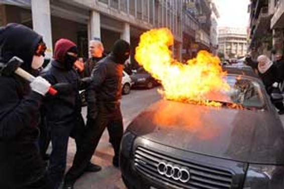 Yunanistan'daki grev kaos yaşattı
