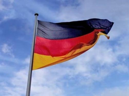 Alman bakandan Müslümanlara çağrı