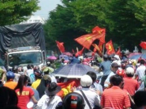Vietnam'da Çin fabrikaları ateşe verildi