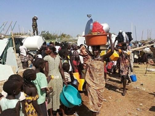 80 bin Güney Sudanlı göç etti