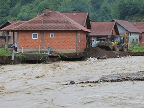 Bosna Hersek uluslararası yardım çağrısında bulundu