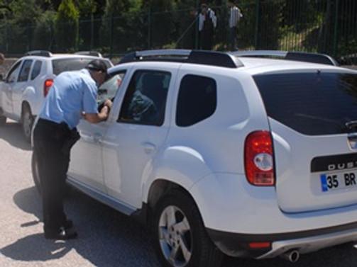 Soma'ya girişler güvenlik kontrolüyle yapılıyor