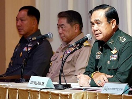 Tayland'da ordu komutanı kendisini başbakan ilan etti