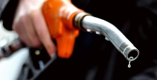 İran, Türk TIR'larına yakıt satmayacak