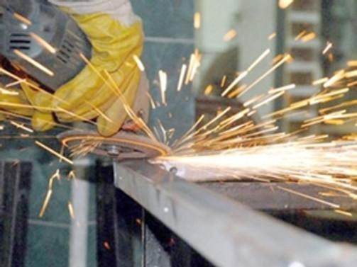 Almanya'da hizmetler PMI beklentiler seviyesinde
