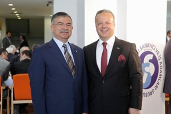 İsmail Gülle yeniden başkan seçildi