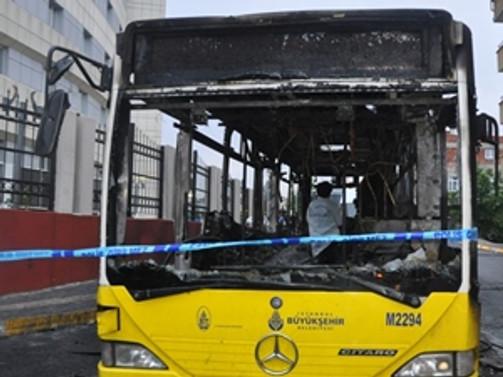 Gaziosmanpaşa'da İETT otobüsü yakıldı
