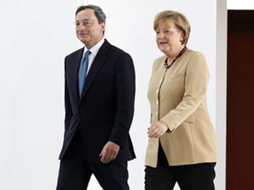 Merkel, Draghi ile bir araya gelecek