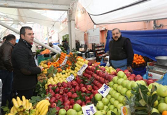 Türk ailelerin parası gıdaya yetmiyor!
